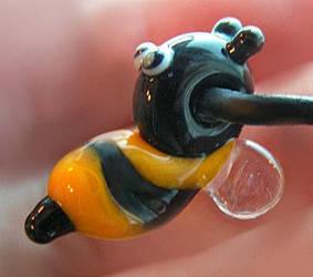Bee cute by nenne