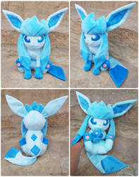 Sitting Glaceon Plush by Kyreon