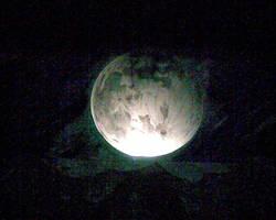 Dark of the Moon - moon by Thrash618