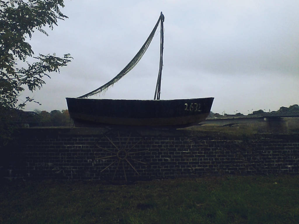 The parked Boat by poisen2014