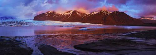 Skaftafell glacier by MartinAmm