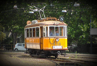 Another Nostalgic Tram by metro911