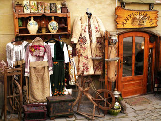 Antiques by dorothei