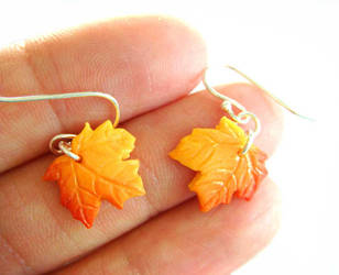 Fall Leaves Earrings by KawaiiCulture
