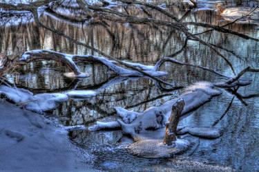 Winter's Water by LiLmEgZ97
