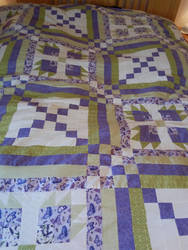 Purple and green quilt by Lesh4537