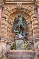 Saint-Michel Fountain by somadjinn