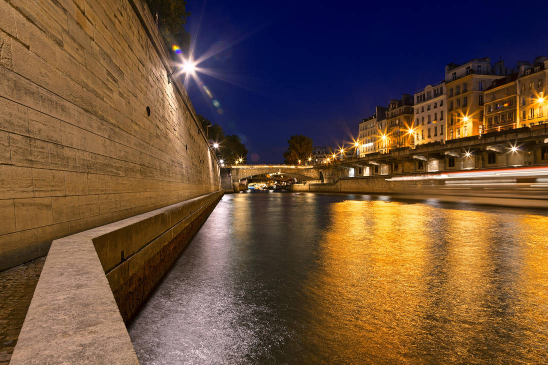 Paris sur Seine Twilight by somadjinn