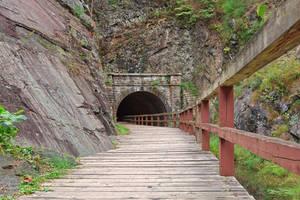 Paw Paw Tunnel by somadjinn