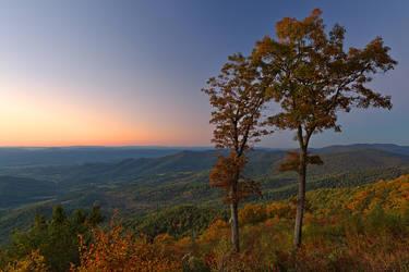 Shenandoah Twilight Overlook by somadjinn