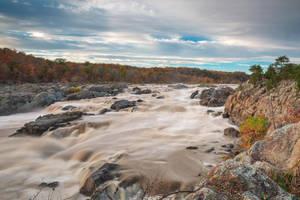 Great Autumn Sky Falls by somadjinn