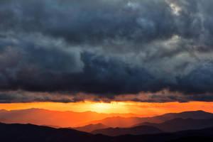 Smoky Mountains Sunset Rapture by somadjinn