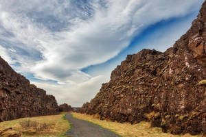 Thingvellir Rift Trail by somadjinn