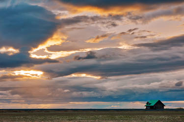 Little House on the Iceland Prairie by somadjinn