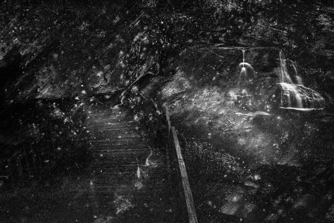 Haunted Blackwater Grunge by somadjinn