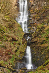 Pistyll Rhaeadr Waterfall by somadjinn