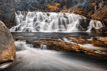 Autumn Vestige Falls by somadjinn