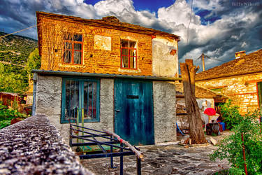 Kyra Frosini House HDR by BillyNikoll
