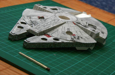 Millenium Falcon WIP by magyarb