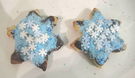 Snowflake biscuits by Sia-the-Mawile