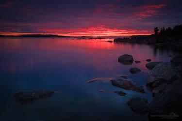 Sunset in Sweden by chriskaula