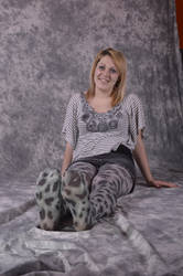 T in snow leopard 6 by NylonicLeopard