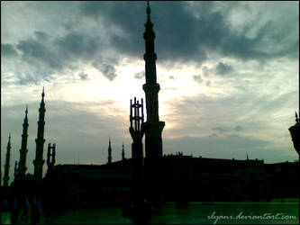 Medinah: Prophet Mosque by ilyani