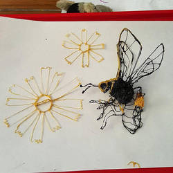 3D Pen bee construction by ceredwyn