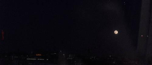 Luma Lunar 4K ultrawide 21 9 by teheimar