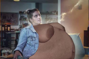 Yazmin big belly by no1drwhofan