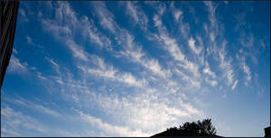 Feathery Cloud Panorama by fuddyduddy