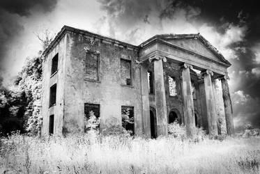 Mountshannon House by seancoetzer