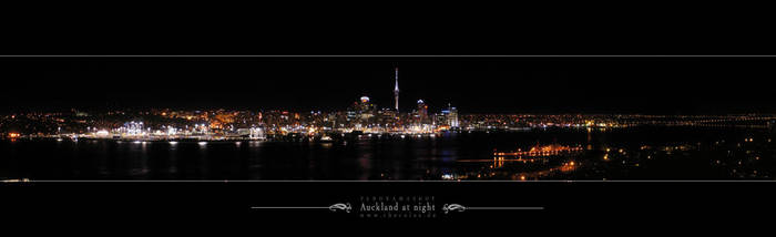 Auckland at night - PANORAMA by thecolos