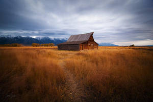 Mormon Row Barn by jessespeer