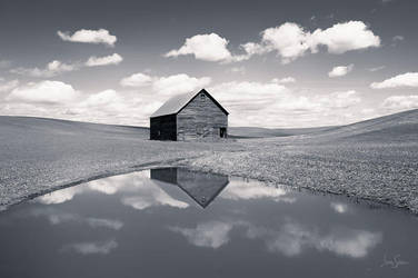 Reflecting Barn by jessespeer