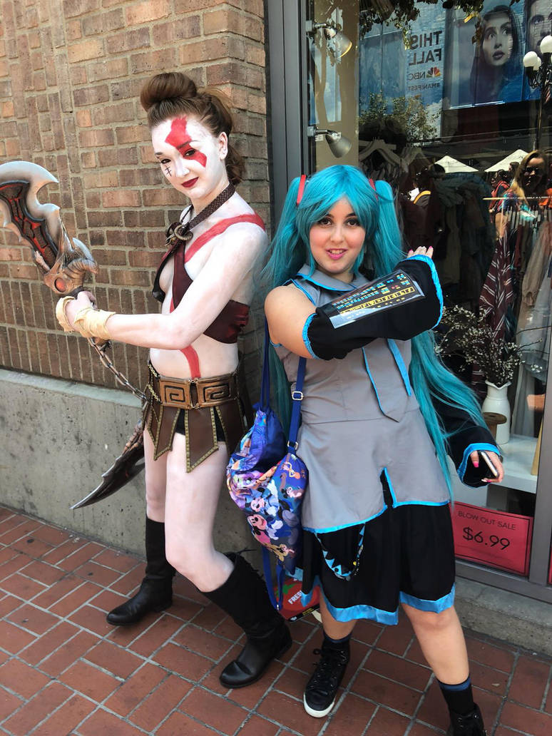 SDCC 2018 outside events by mikuvictoria