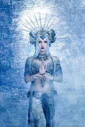 Frozen Queen by Nefru-Merit