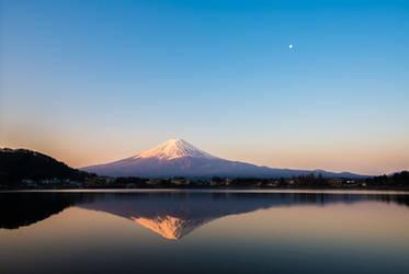 Sakasa Fuji by LDMarin