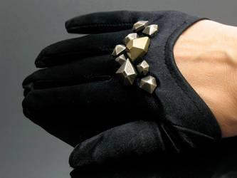 Nouveau Brass Knuckles Glove by Amazon-Butterfly