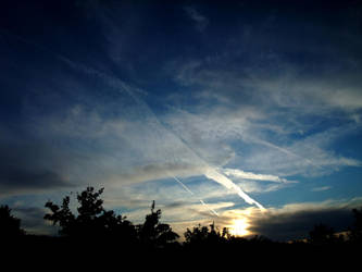 A perfect sky by Juinny