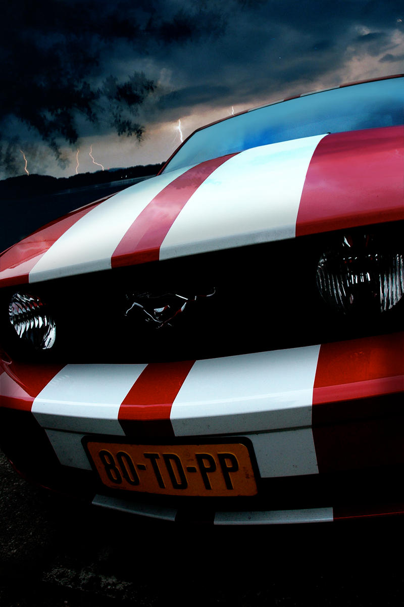 Ford Mustang GT: Lightning by Vipervelocity