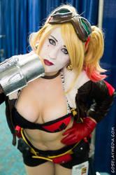 Bombshell Harley by CosplayMedia