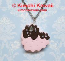 Sandwich Cookie Necklace: Heart by kimchikawaii