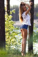 Nice girl by art0fCK