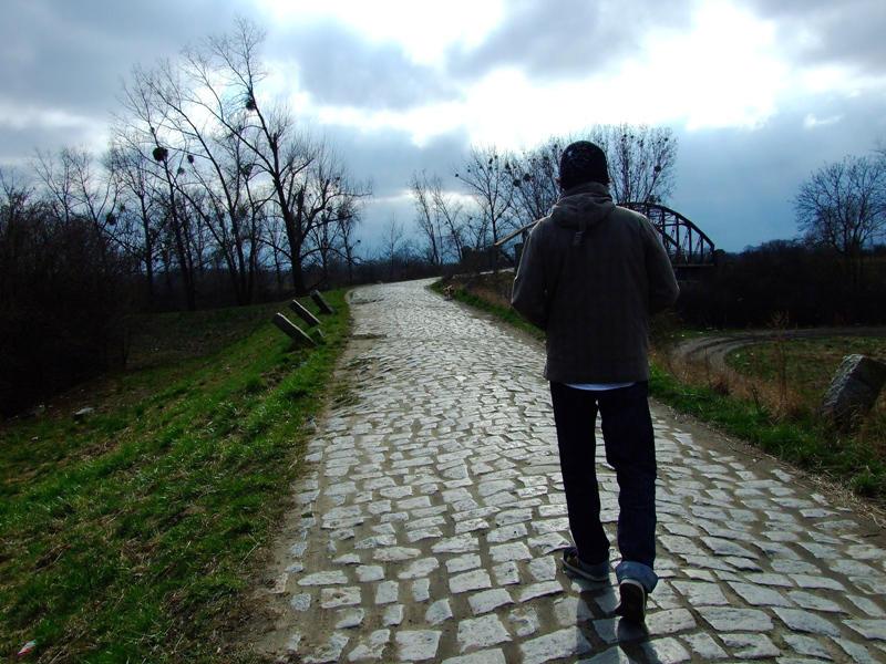 walking on the moon. by mlodygrabasz