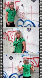 Polaroid attitude by Deea-Dee