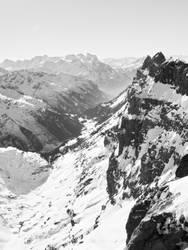 Swiss mountains by Kyntio