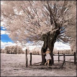 Jessy I _ infrared by EYELIGHTZONE