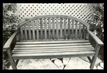 Lonley Bench by LetxMexFall