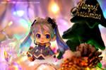 Early Christmas by nikicorny